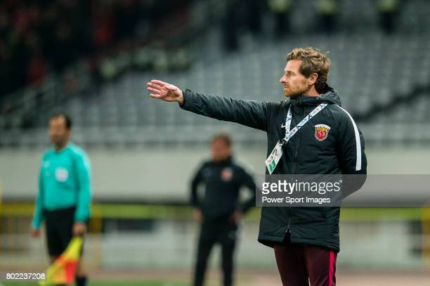 Shanghai FC Head Coach Andre VillasBoas during the AFC Champions League 2017 Group F match between Shanghai SIPG FC vs Urawa Red Diamonds at the...
