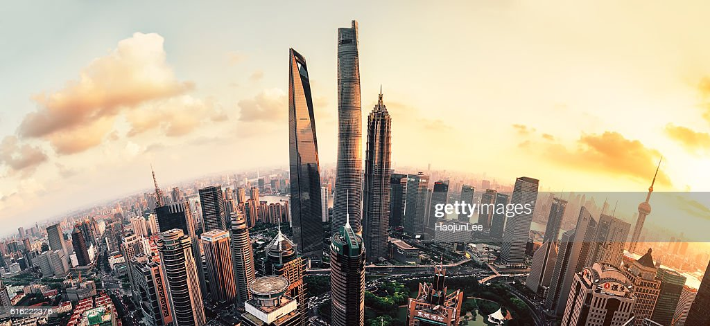 Shanghai Lujiazui global financial district at sunset : Bildbanksbilder