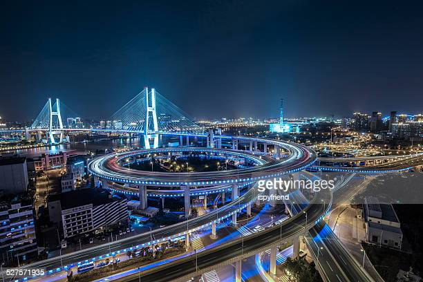 shanghai por la noche, puente nanpu