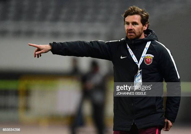 Shanghai SIPG head coach Andre VillasBoas reacts during the AFC Asian Champions League group football match between Shanghai SIPG and Urawa Red...