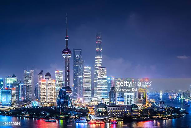 Les toits de Shanghai, de nuit