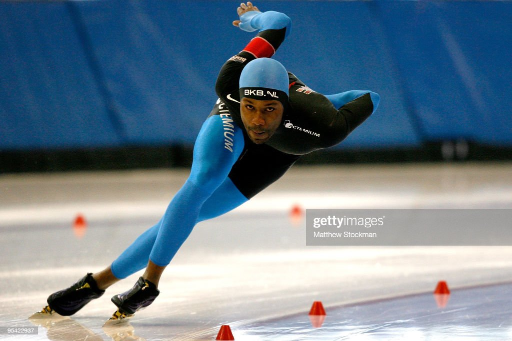 Shani Davis competes in the 1000 meter event during the US Speedskating Championships at the Utah Olympic Oval on December 27 2009 in Kearns Utah