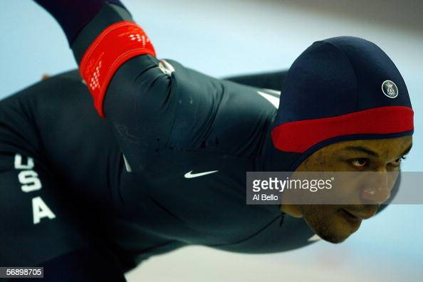 Shani Davis of the United States competes in the men's 1500m speed skating final during Day 11 of the Turin 2006 Winter Olympic Games on February 21...