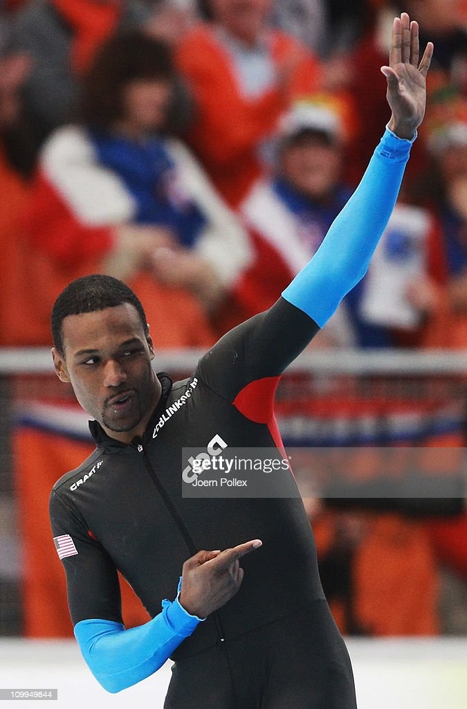 <a gi-track='captionPersonalityLinkClicked' href=/galleries/search?phrase=Shani+Davis&family=editorial&specificpeople=225183 ng-click='$event.stopPropagation()'>Shani Davis</a> of USA celebrates after winning the 1000 m heats during Day 2 of the Essent ISU Speed Skating World Cup at the Max Aicher Arena on March 11, 2011 in Inzell, Germany.