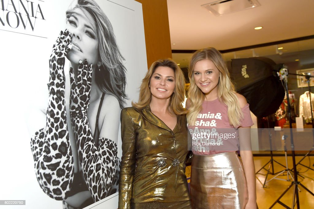 recreating twain's two views of the Just in case you haven't heard – country-pop queen and idol shania twain  kicked off her now tour last night with the first stop in tacoma,.