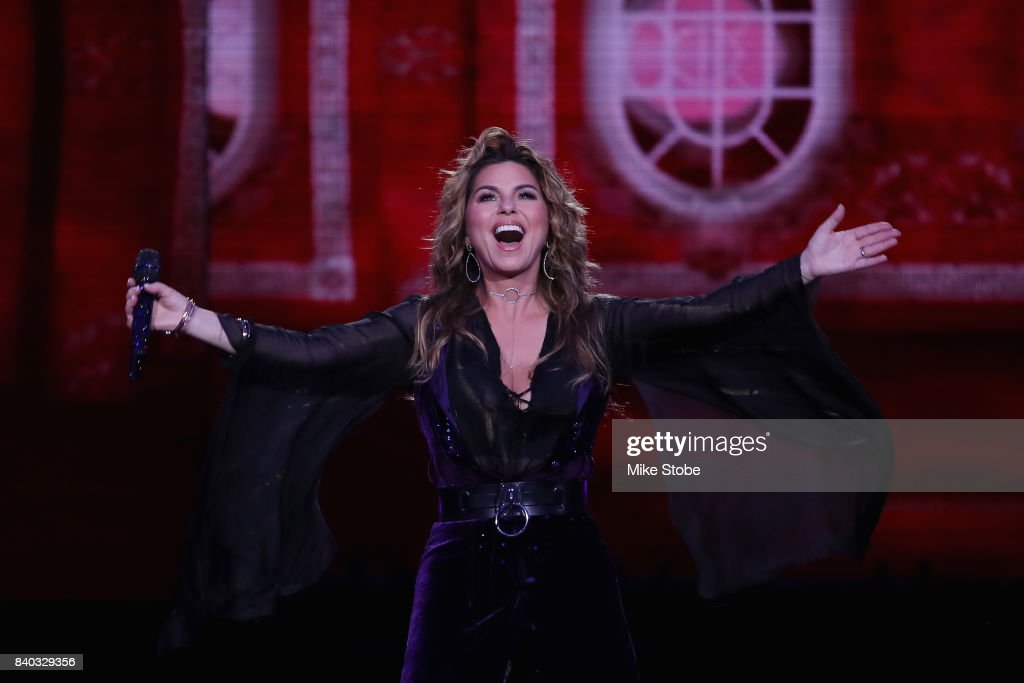 Shania Twain performs during the opening ceremony on Day One during the 2017 US Open at the USTA Billie Jean King National Tennis Center on August 28, 2017 in the Queens borough of New York City.