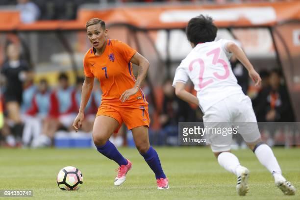 Shanice van de Sanden of the Netherlands Nana Ichise of Japanduring the friendly match between the women of The Netherlands and Japan at the Rat...