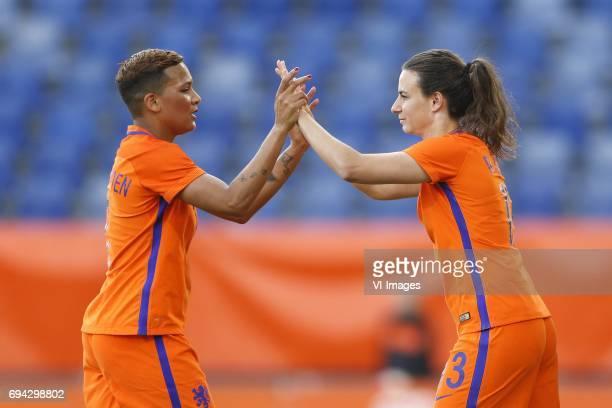 Shanice van de Sanden of the Netherlands Renate Jansen of the Netherlandsduring the friendly match between the women of The Netherlands and Japan at...