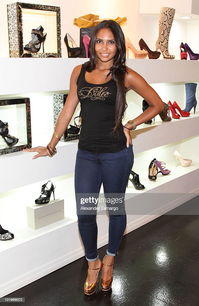 Shaniece Lozada attends Dulce Shoes & VH1's Evelyn Lozada Celebrate The Hotness Of Georgina Goodman at Dulce Shoe Boutique on June 10, 2010 in Coral Gables, Florida.