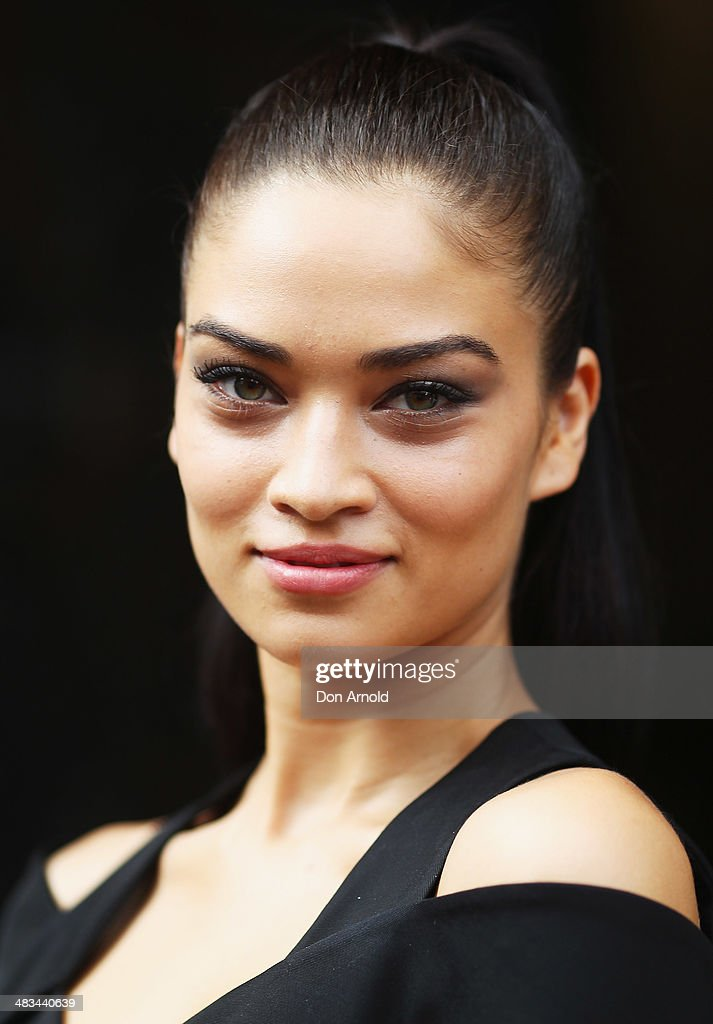 <a gi-track='captionPersonalityLinkClicked' href=/galleries/search?phrase=Shanina+Shaik&family=editorial&specificpeople=5556870 ng-click='$event.stopPropagation()'>Shanina Shaik</a> arrives for the Dion Lee show during Mercedes-Benz Fashion Week Australia 2014 at 7 Danks Street, Waterloo on April 9, 2014 in Sydney, Australia.