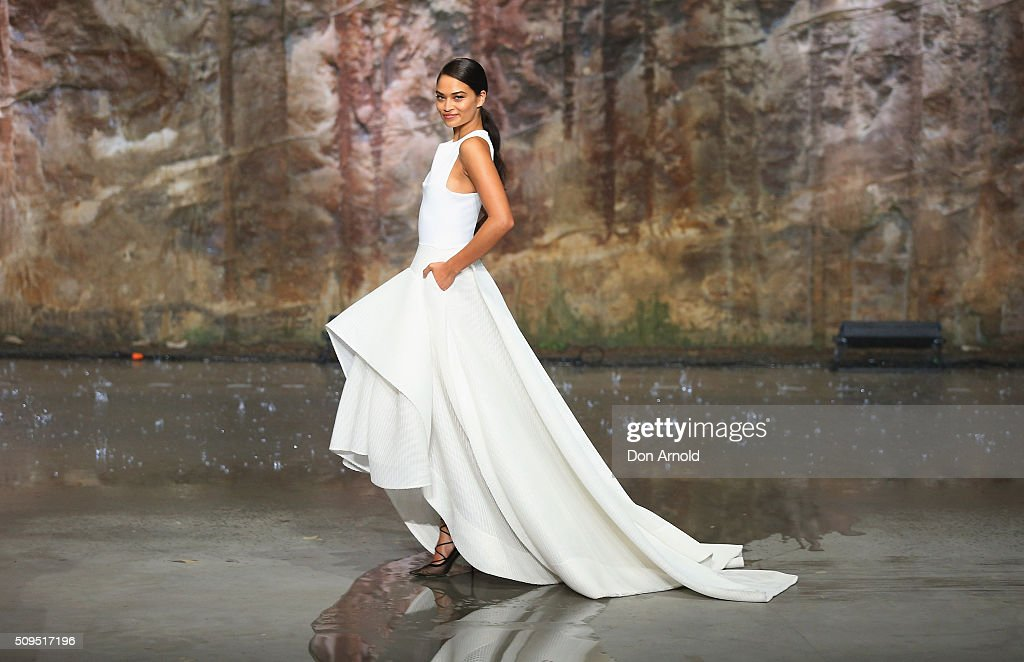 <a gi-track='captionPersonalityLinkClicked' href=/galleries/search?phrase=Shanina+Shaik&family=editorial&specificpeople=5556870 ng-click='$event.stopPropagation()'>Shanina Shaik</a> showcases designs by Maticevski on the runway at the Myer AW16 Fashion Launch on February 11, 2016 in Sydney, Australia.