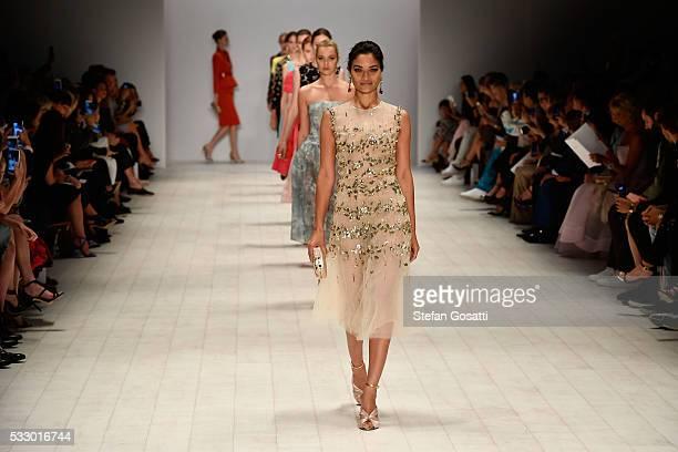 Shanina Shaik walks the runway during the Oscar de la Renta show presented by Etihad Airways at MercedesBenz Fashion Week Resort 17 Collections at...