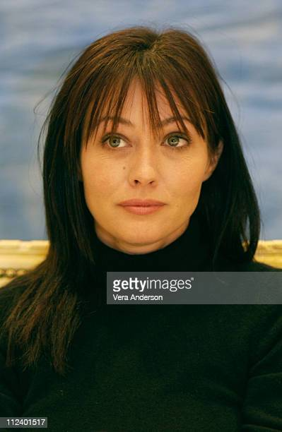 Shannen Doherty during 'Hell on Heels The Battle of Mary Kay' Press Conference with Parker Posey Shannen Doherty and Shirley MacLaine at The...