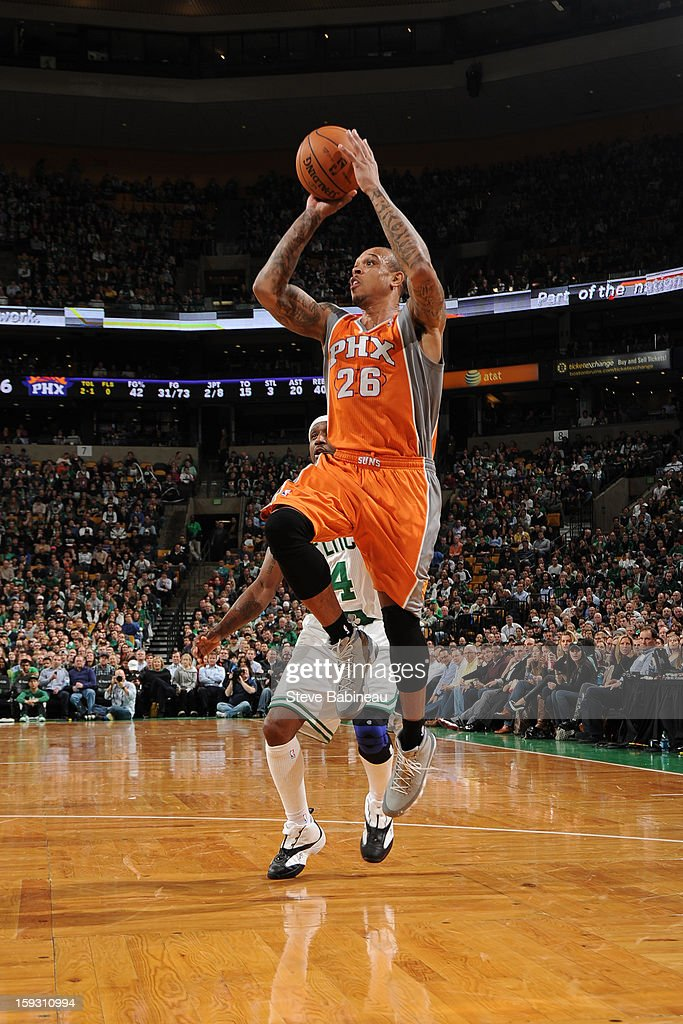 Shannon Brown #26 of the Phoenix Suns shoots against the Boston Celtics on January 9, 2013 at the TD Garden in Boston, Massachusetts.
