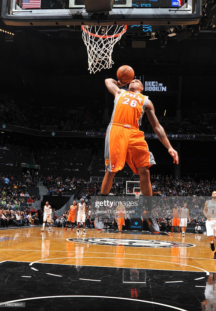 Shannon Brown #26 of the Phoenix Suns shoots against the Brooklyn Nets during the game at the Barclays Center on January 11, 2013 in Brooklyn, New York.