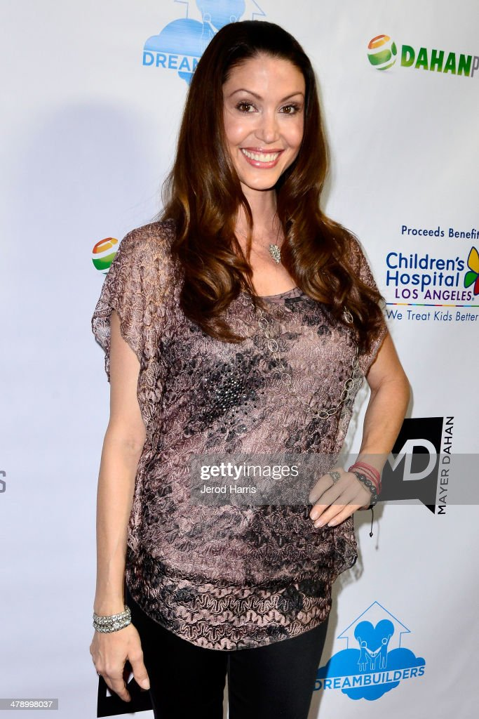 Shannon Elizabeth arrives at the Dream Builders Project's 'A Brighter Future For Children' benefit at H.O.M.E. on March 15, 2014 in Beverly Hills, California.