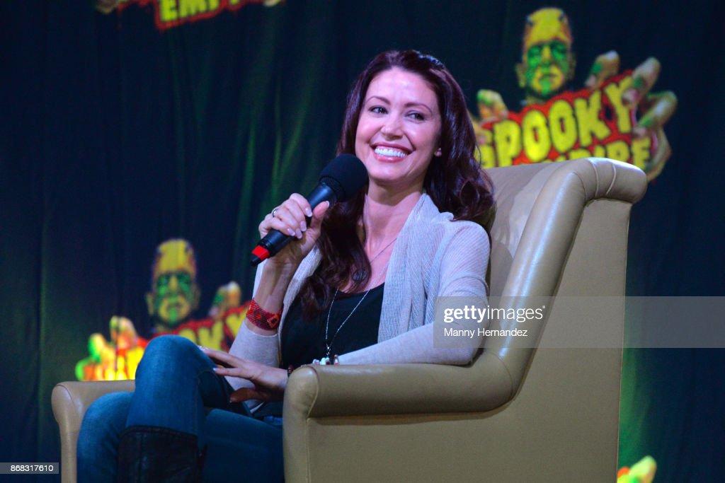 Shannon Elizabeth at the Spooky Empire Horror Convention at the Hyatt Regency on October 28, 2017 in Orlando, Florida.