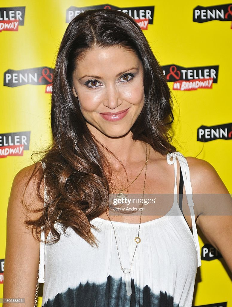 Shannon Elizabeth attends 'Penn & Teller On Broadway' at Marquis Theatre on July 12, 2015 in New York City.