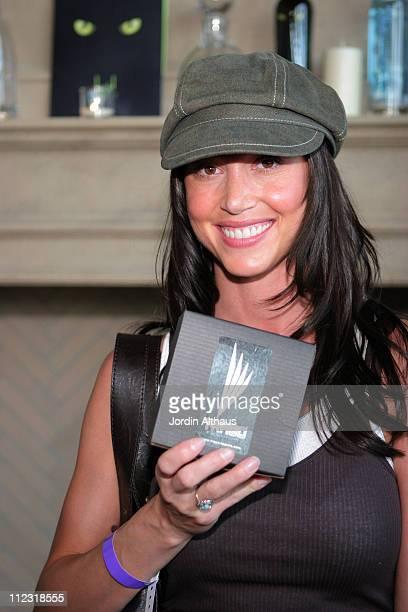 Shannon Elizabeth during Kari Feinstein MTV Movie Awards Style Lounge Day 1 in Los Angeles California United States