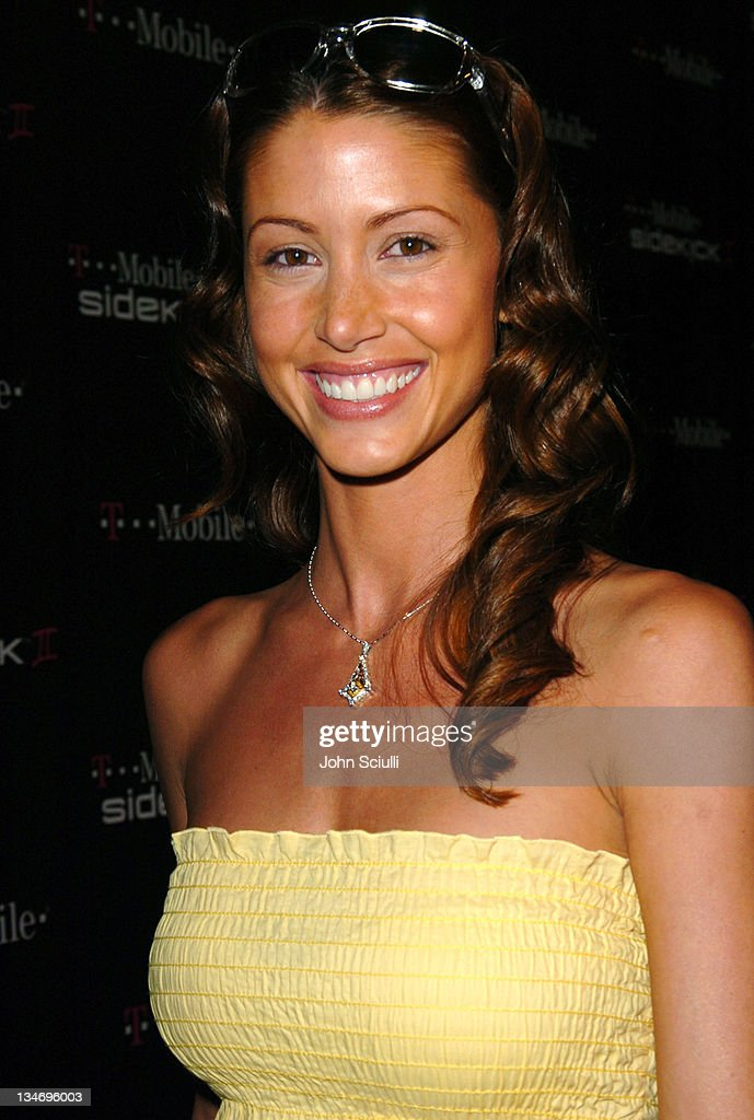 <a gi-track='captionPersonalityLinkClicked' href=/galleries/search?phrase=Shannon+Elizabeth&family=editorial&specificpeople=201622 ng-click='$event.stopPropagation()'>Shannon Elizabeth</a> during 'T-Mobile Sidekick II' Launch Party - Red Carpet at The Grove in Los Angeles, California, United States.
