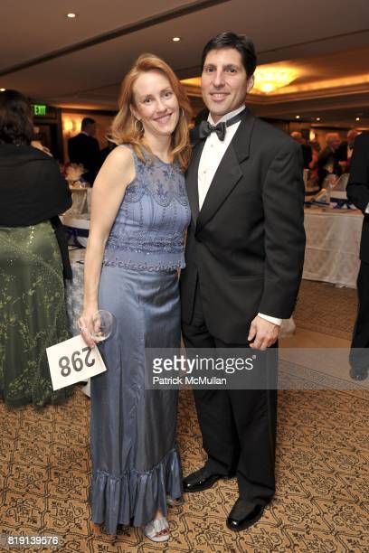 Shannon Kelly and Bob Castellani attend JUNIOR LEAGUE LEGACY BALL HONORING HENRY WINKLER at Montage Hotel on March 6 2010 in Beverly Hills California
