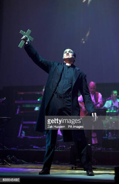 Shannon Noll during a dress rehearsal of War Of The Worlds at Elstree Studios Borehamwood in Hertfordshire