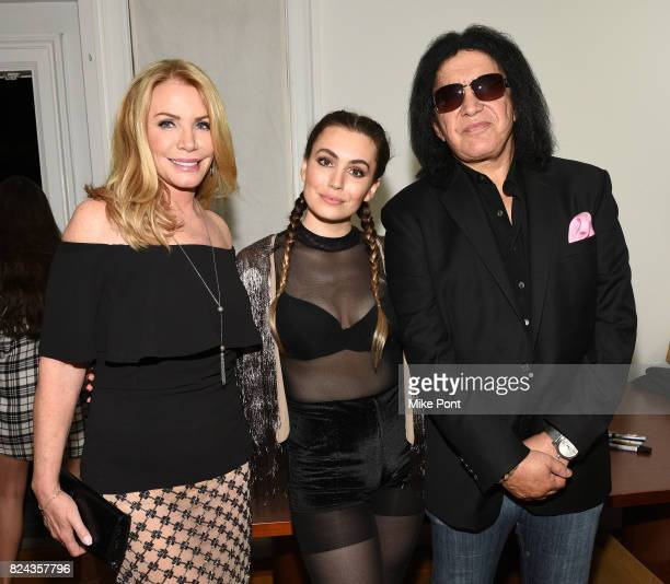 Shannon TweedSimmons Sophie Simmons and Gene Simmons attend 'The Children Matter' an exclusive charity event benefiting MATTER The Starkey Hearing...