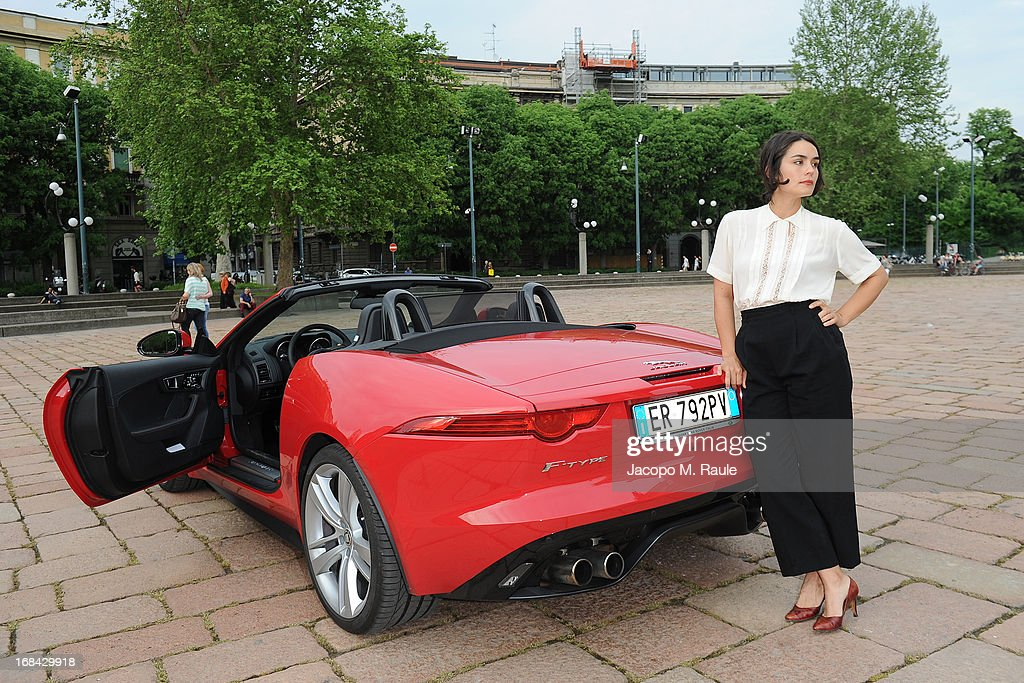 <a gi-track='captionPersonalityLinkClicked' href=/galleries/search?phrase=Shannyn+Sossamon&family=editorial&specificpeople=2078179 ng-click='$event.stopPropagation()'>Shannyn Sossamon</a> poses during the Italian premiere of the short film 'Desire' at ex Manifatture Tabacchi on May 9, 2013 in Milan, Italy.