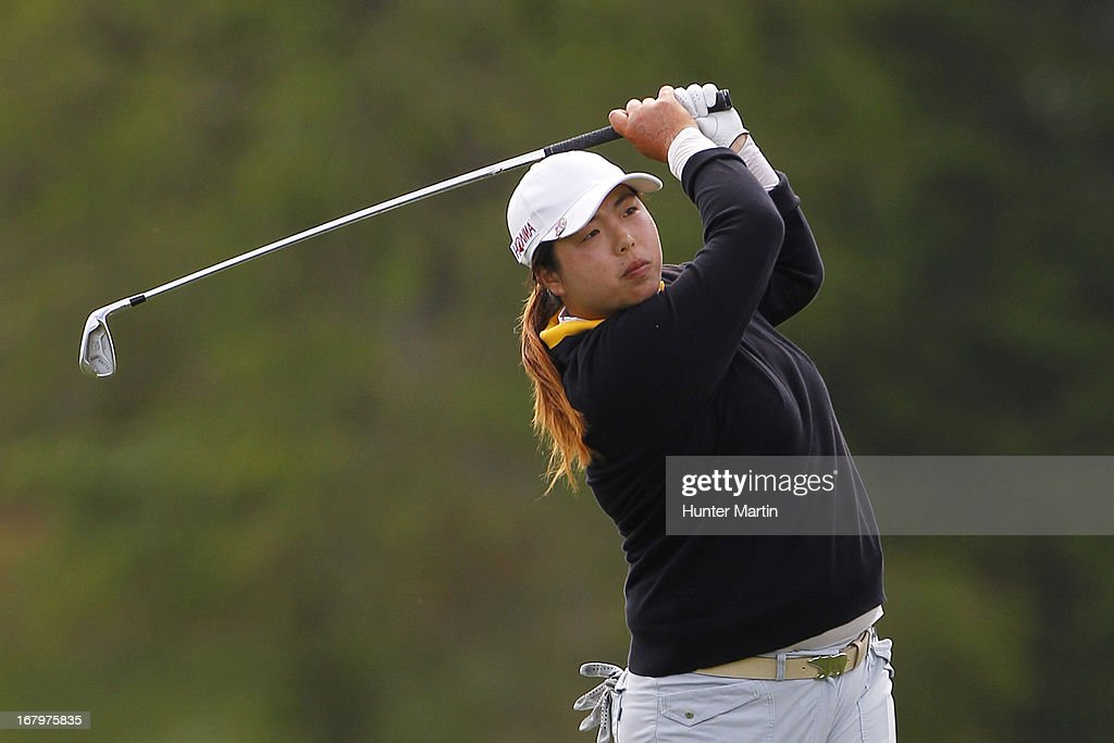 <a gi-track='captionPersonalityLinkClicked' href=/galleries/search?phrase=Shanshan+Feng&family=editorial&specificpeople=4682908 ng-click='$event.stopPropagation()'>Shanshan Feng</a> of China hits her second shot on the 18th hole during the second round of the Kingsmill Championship at Kingsmill Resort on May 3, 2013 in Williamsburg, Virginia.