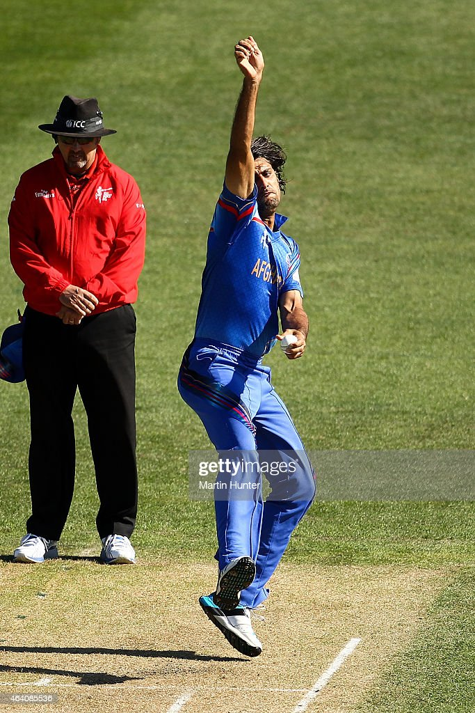 <a gi-track='captionPersonalityLinkClicked' href=/galleries/search?phrase=Shapoor+Zadran&family=editorial&specificpeople=6217332 ng-click='$event.stopPropagation()'>Shapoor Zadran</a> of Afghanistan bowls during the 2015 ICC Cricket World Cup match between Sri Lanka and Afghanistan at University Oval on February 22, 2015 in Dunedin, New Zealand.