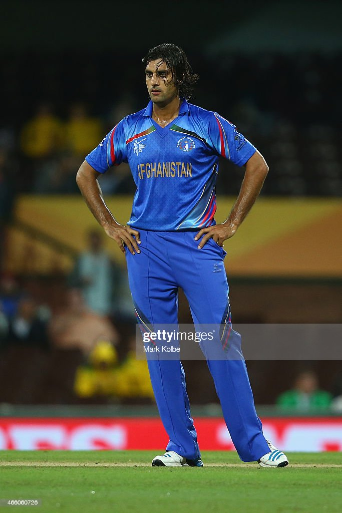 <a gi-track='captionPersonalityLinkClicked' href=/galleries/search?phrase=Shapoor+Zadran&family=editorial&specificpeople=6217332 ng-click='$event.stopPropagation()'>Shapoor Zadran</a> of Afghanistan looks dejected after a missed chance during the 2015 Cricket World Cup match between England and Afghanistan at Sydney Cricket Ground on March 13, 2015 in Sydney, Australia.