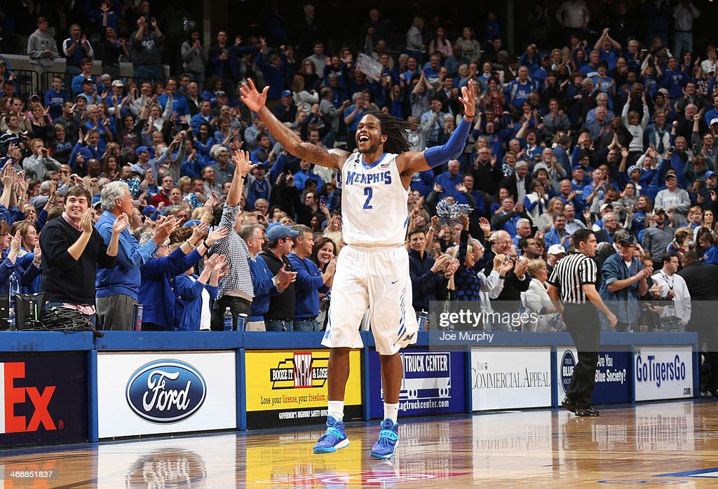 Shaq Goodwin #2 of the Memphis Tigers celebrates against the Gonzaga Bulldogs on February 8, 2014 at FedExForum in Memphis, Tennessee. Memphis beat Gonzaga 60-54.