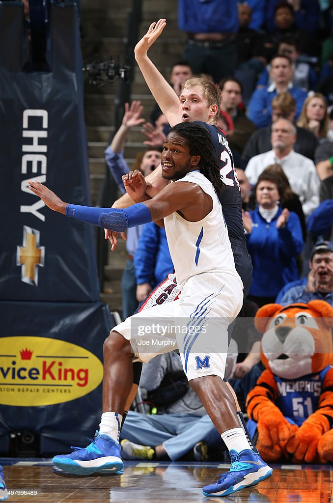Shaq Goodwin #2 of the Memphis Tigers defends against Przemek Karnowski #24 of the Gonzaga Bulldogs on February 8, 2014 at FedExForum in Memphis, Tennessee. Memphis beat Gonzaga 60-54.