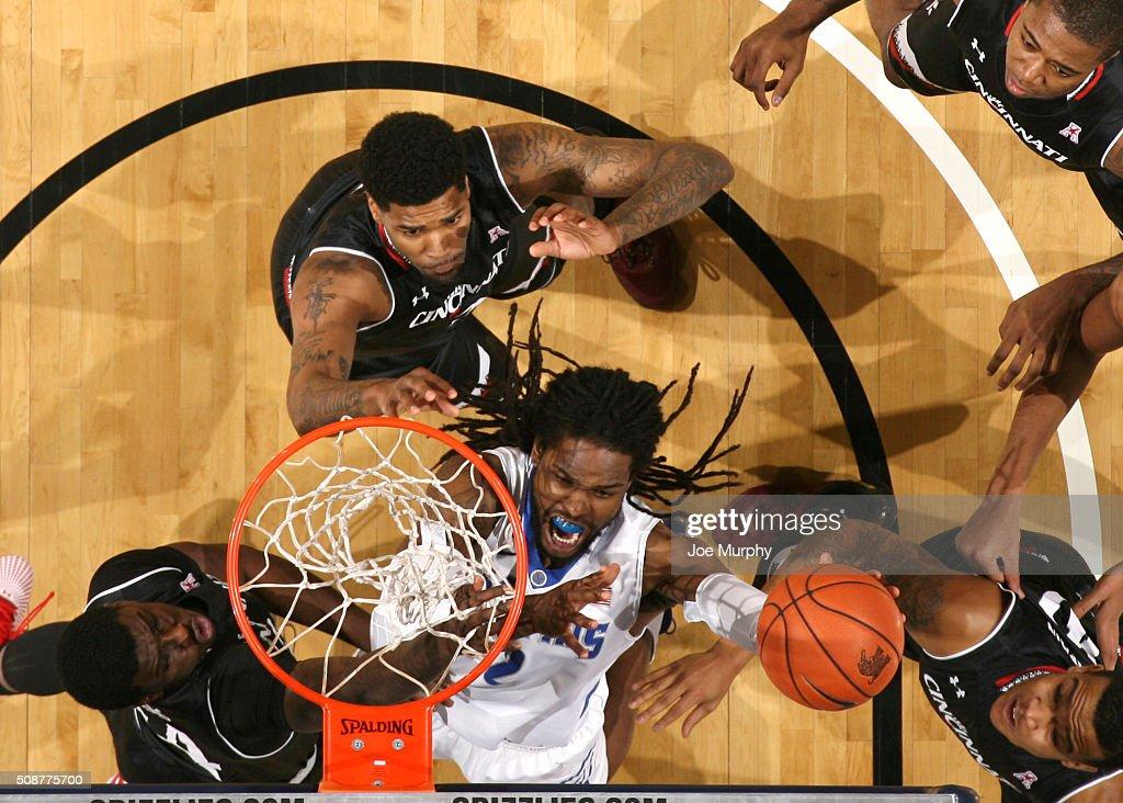 Shaq Goodwin #2 of the Memphis Tigers shoots against the Cincinnati Bearcats on February 6, 2016 at FedExForum in Memphis. Memphis defeated Cincinnati 63-59.