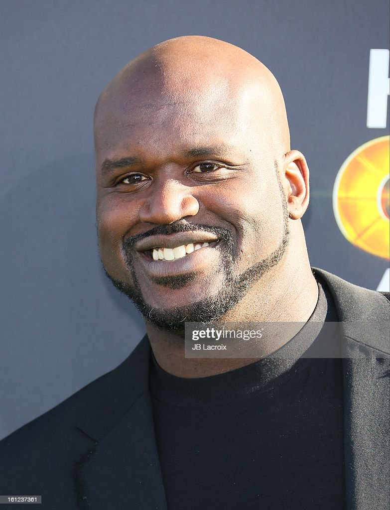 <a gi-track='captionPersonalityLinkClicked' href=/galleries/search?phrase=Shaquille+O%27Neal&family=editorial&specificpeople=201463 ng-click='$event.stopPropagation()'>Shaquille O'Neal</a> attends the Third Annual Hall of Game Awards hosted by Cartoon Network at Barker Hangar on February 9, 2013 in Santa Monica, California.