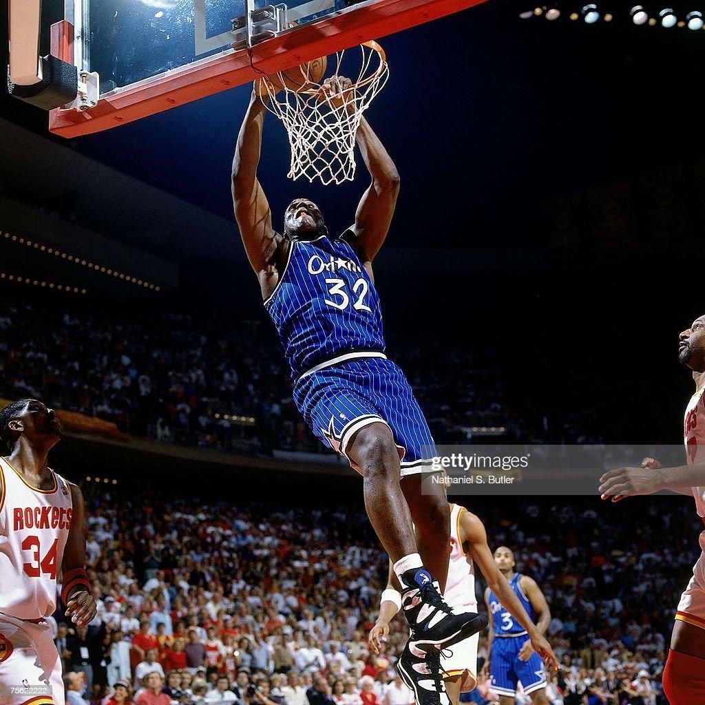 Ho houston rockets nba championship - Houston Rockets Shaquille O Neal 32 Of The Orlando Magic Attempts A Dunk Against Hakeem Olajuwon