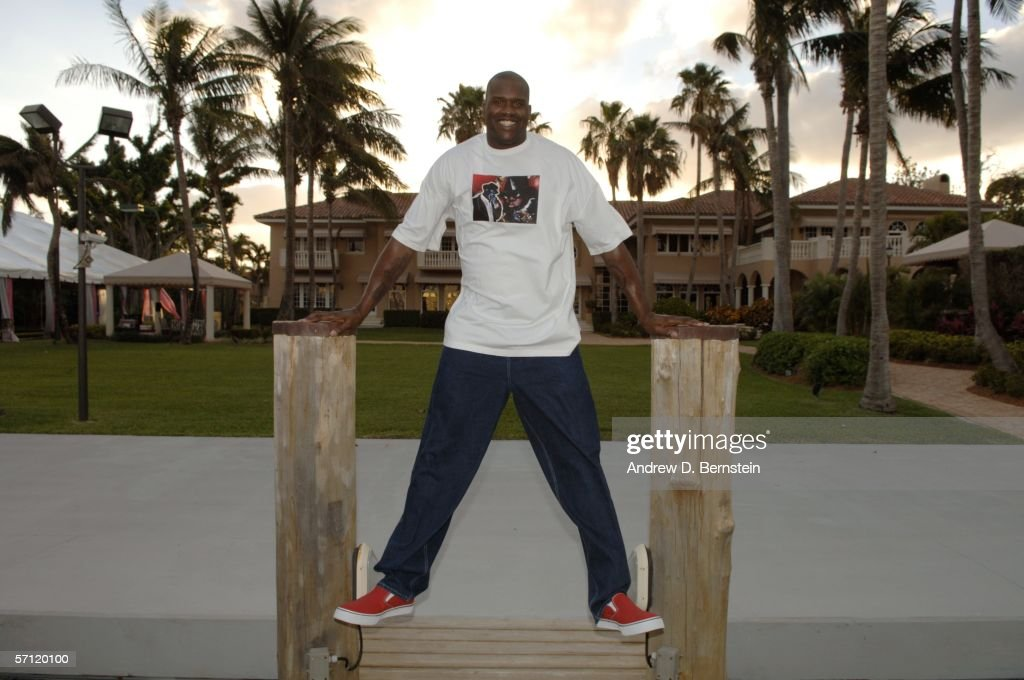 Shaquille O'Neal poses for a picture at his home on March 6, 2006 in Star Island, Florida.