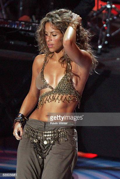 Sharika performs on stage during the 2005 MTV Video Music Awards at the American Airlines Arena on August 28 2005 in Miami Florida