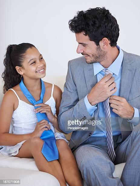 Partilha um momento entre pai e filha.