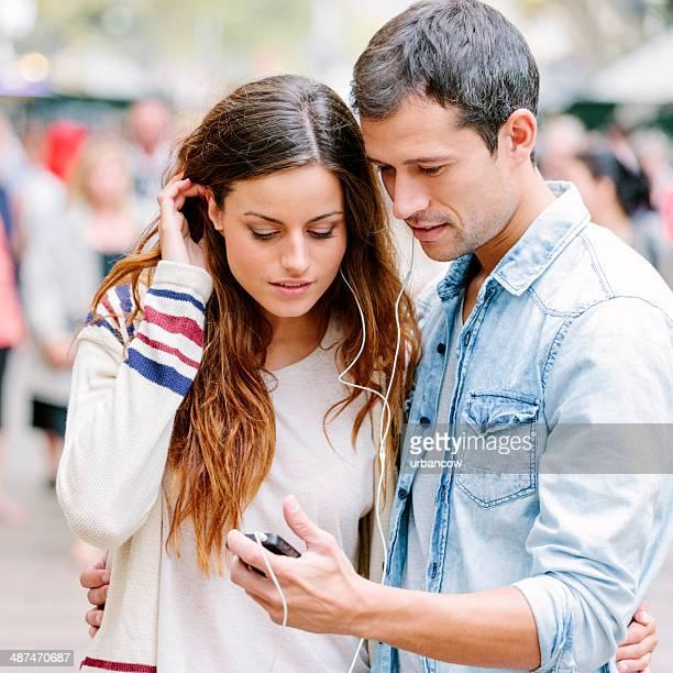 Compartir auriculares, Barcelona