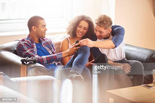 Austausch von Geschichten mit einem smartphone