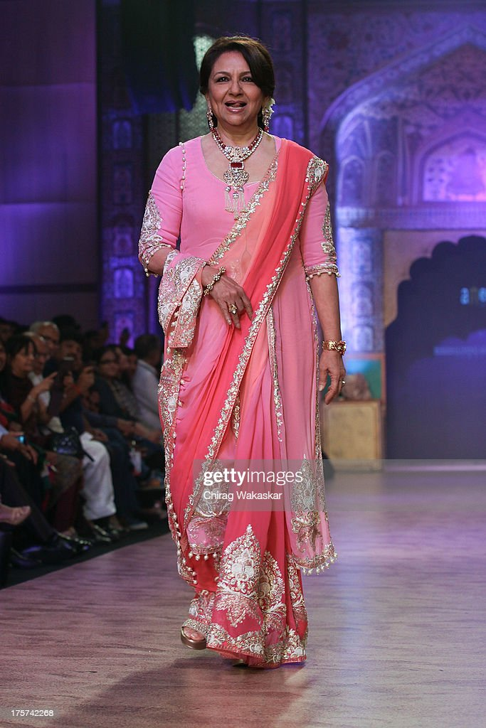 <a gi-track='captionPersonalityLinkClicked' href=/galleries/search?phrase=Sharmila+Tagore&family=editorial&specificpeople=2523120 ng-click='$event.stopPropagation()'>Sharmila Tagore</a> walks the runway at the Birdhichand Ghanshyamds Jewellers show on day 4 of India International Jewellery Week 2013 at the Hotel Grand Hyatt on August 7, 2013 in Mumbai, India.
