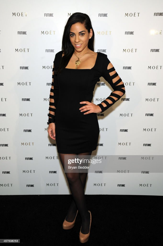 <a gi-track='captionPersonalityLinkClicked' href=/galleries/search?phrase=Sharon+Carpenter&family=editorial&specificpeople=671312 ng-click='$event.stopPropagation()'>Sharon Carpenter</a> attends the Moet Rose Lounge at The Box on December 17, 2013 in New York City.
