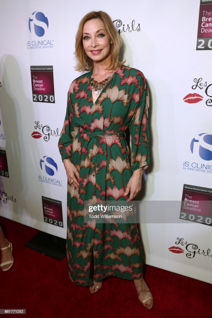 Sharon Lawrence attends National Breast Cancer Coalition Fund's 17th Annual Les Girls Cabaret at Avalon Hollywood on October 15, 2017 in Los Angeles, California.