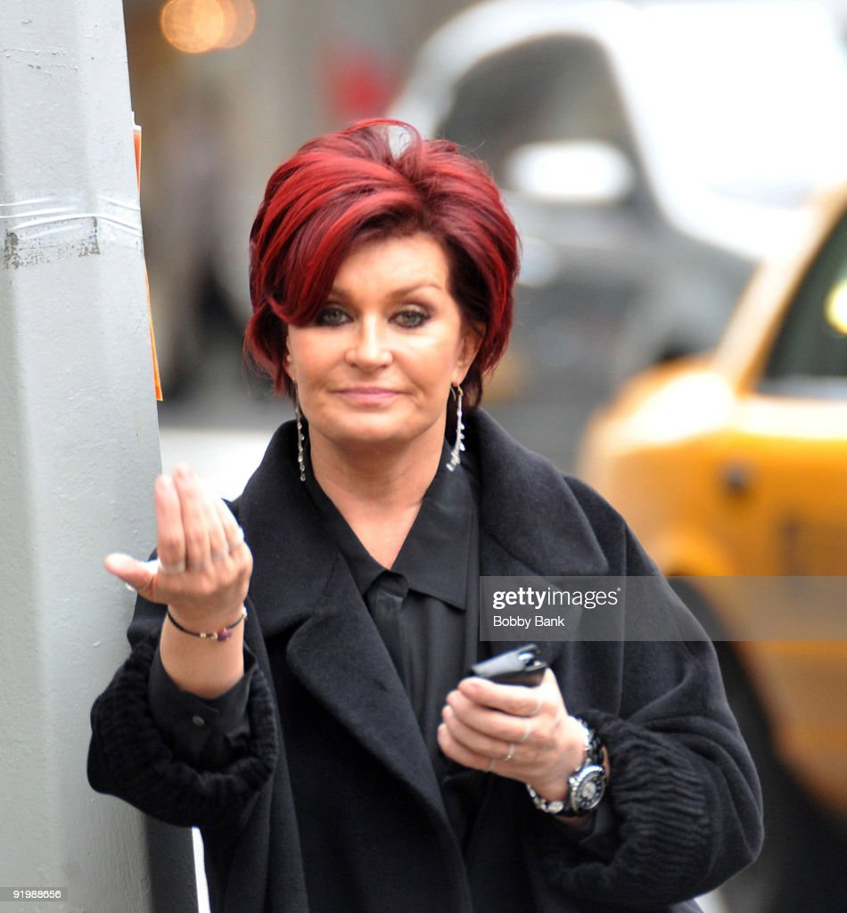 <a gi-track='captionPersonalityLinkClicked' href=/galleries/search?phrase=Sharon+Osbourne&family=editorial&specificpeople=203094 ng-click='$event.stopPropagation()'>Sharon Osbourne</a> joins the cast of 'Celebrity Apprentice 3' with her girls team for first challenge on the streets of Manhattan on October 18, 2009 in New York City.