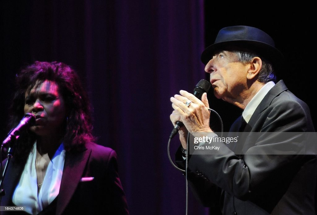 Sharon Robinson and <a gi-track='captionPersonalityLinkClicked' href=/galleries/search?phrase=Leonard+Cohen&family=editorial&specificpeople=539168 ng-click='$event.stopPropagation()'>Leonard Cohen</a> perform at the Fox Theater on March 22, 2013 in Atlanta, Georgia.