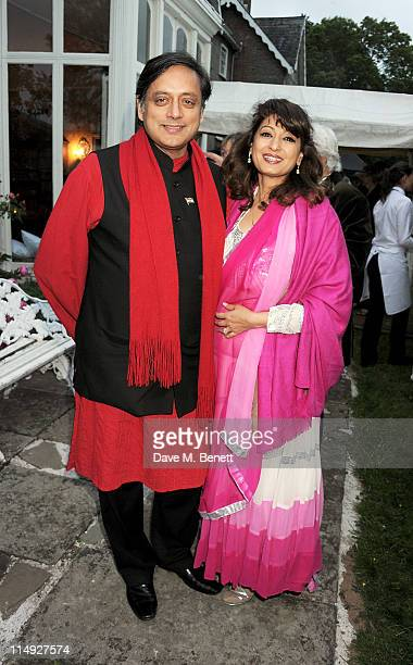Y 29 Y 29 Y 29 Shashi Tharoor and Sunanda Tharoor attend Range Rover's Hay Festival dinner hosted by Dylan Jones and Nick Jones on May 29 2011 in...