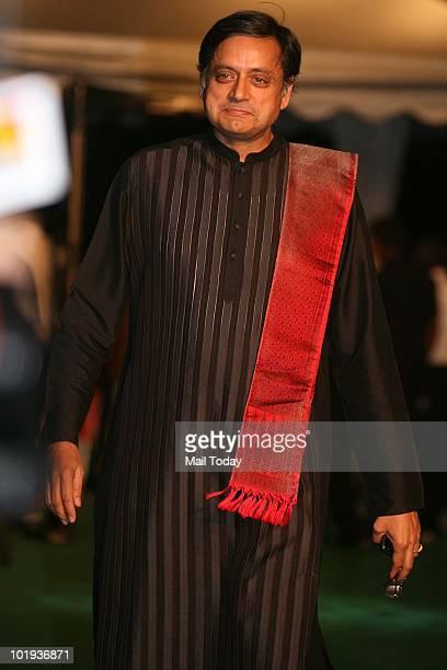 Shashi Tharoor at the IIFA awards in Colombo on June 4 2010