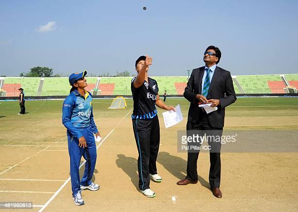 Shashikala Siriwardena captain of Sri Lanka Suzie Bates captain of New Zealand and ICC match referee Javagal Srinath during the toss before the start...