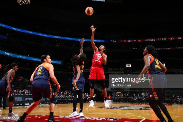 Shatori WalkerKimbrough of the Washington Mystics shoots the ball during the game against the Connecticut Sun on May 31 2017 at the Verizon Center in...